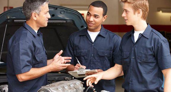 automotive apprentices