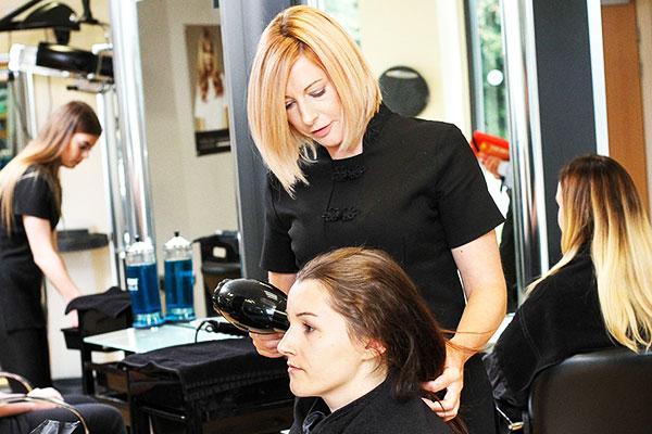 brooklands college apprenticeships hairdressing